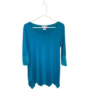 2 Blondes Apparel Teal Tunic Scoop Neck Small